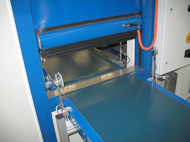 ISO-Therm Schnelllauf-Rolltor Medizinproduktetechnik GERZ GmbH