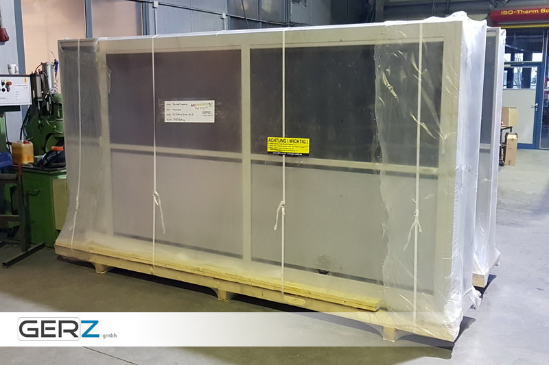 GERZ Schweißschutzwand - Sauber verpackt für den Transport: Auspacken, aufstellen- fertig!